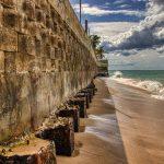 Muralla de Ocean Park para detener las olas | Cambio Climático, Alza Del Nivel Del Mar y Erosión Costera | Hablando De Tecnología | foto: Orlando Mergal