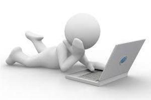 3d man con computadora | Redacción SEO Clave Para El Éxito En La Internet